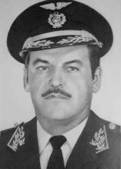 José Debernardi León